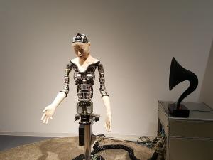 Ein Roboter-Modell im Miraikan. (c) Sonja Blaschke